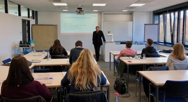 Ausbildung zum Datenschutzbeauftragten an der IHK Zentrum für Weiterbildng durch Dozent Peter Suhling in Heilbronn
