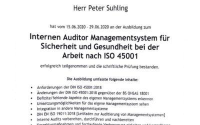 Peter Suhling ist zertifizierter Arbeitsschutzmanagementbeauftragter (ASMB) und zertifizierter interner Auditor Arbeitsschutzmanagementsystem ISO 45001